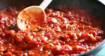 Sos de roșii pentru paste - cea mai simplă rețetă