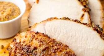 Mușchi de porc cu usturoi și rozmarin, la cuptor