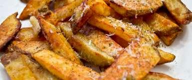 """Cartofi """"prăjiți"""" la cuptor - crocanți și aromați"""
