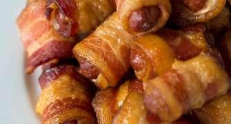 Carnaciori De Bere Inveliti In Bacon