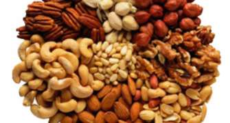 Dieta cu nuci te ajuta sa revii in forma dupa sarbatorile de iarna