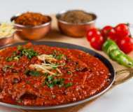 Am gustat cea mai PICANTĂ mâncare indiană din București. Ai curaj să o încerci și tu?