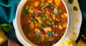 Supă marocană de linte cu cartof dulce