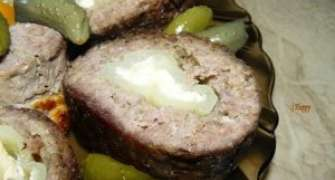 Rulouri de carne cu ardei umpluti
