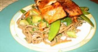 Somon Cu Soba Noodles