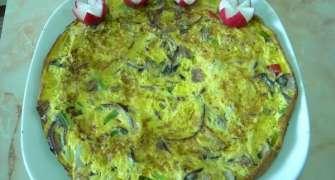 Frittata cu legume si prosciutto crudo