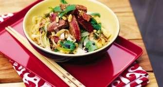 Noodles Cu Vita Si Legume (Reteta Chinezeasca)