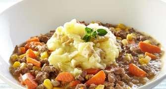 Placinta Ciobanului, Un Preparat Clasic Englezesc, Cu Carne De Miel Si Cartofi