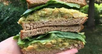 Salata De Avocado Si Naut Este Noua Salata Cu Oua Pentru Vegani