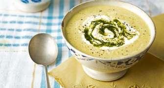 Supa De Castraveti Cu Migdale Si Condimente