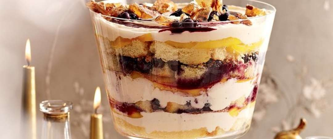 Trifle De Mango Si Afine